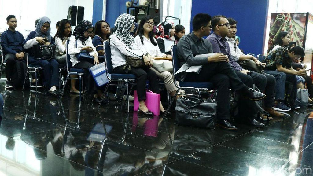 Pelamar Digital Development Program Transmedia Jalani Tes Wawancara