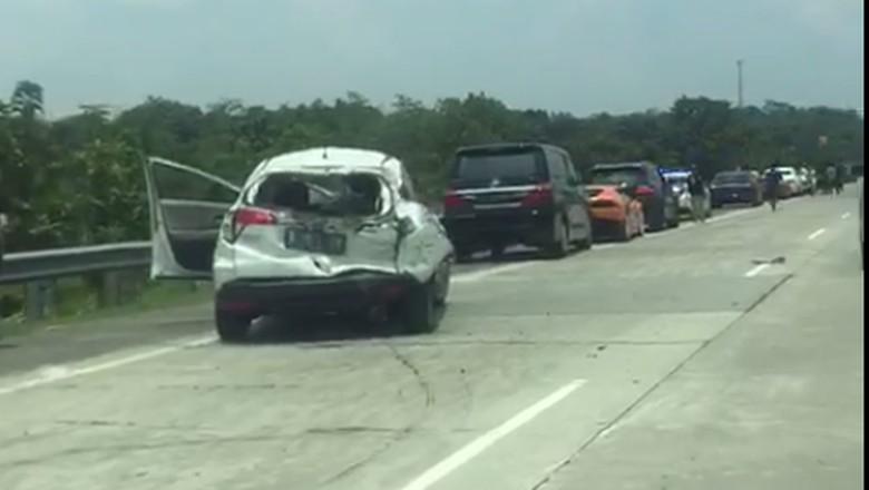 Kecelakaan Rombongan Lamborghini  di Tol Cipali Libatkan 4 Mobil