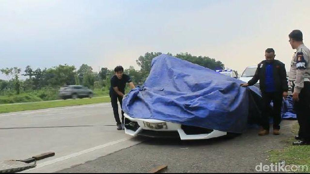 Penampakan Rombongan Lamborghini yang Kecelakaan di Cipali