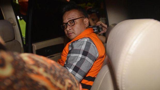 Mantan Direktur PT Murakabi Sejahtera yang juga keponakan Setya Novanto, Irvanto Hendra Pambudi, di gedung KPK, Jakarta, Jumat (9/3).