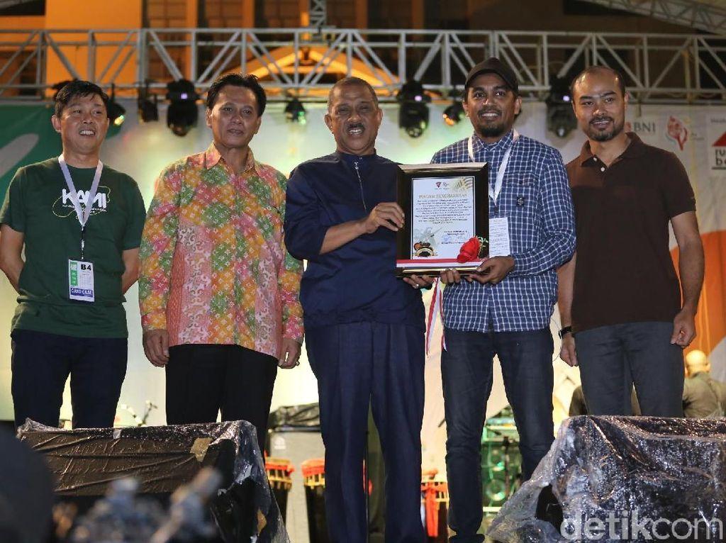Pemerintah Kota Ambon Beri Penghargaan pada Musisi Tanah Air