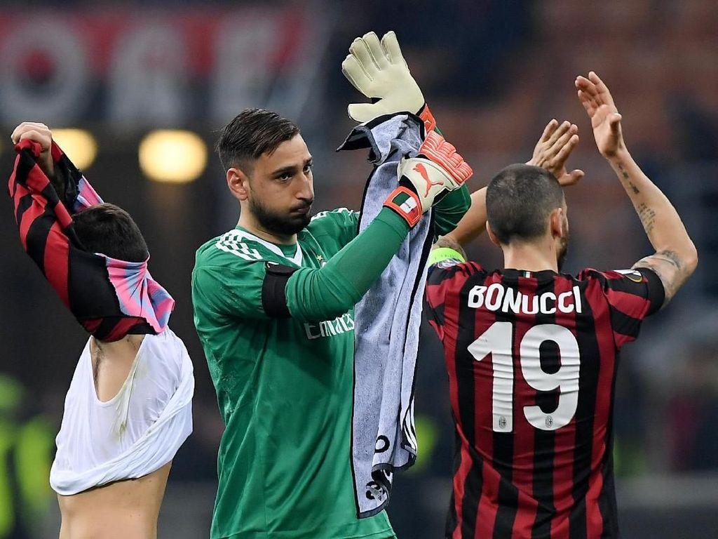 Ditunggu Derby, Milan Bangkit atau Makin Tenggelam?