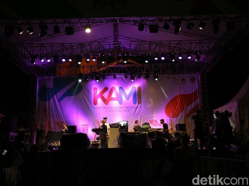 Usai Berkonferensi, Para Musisi Gelar Festival Musik di Ambon