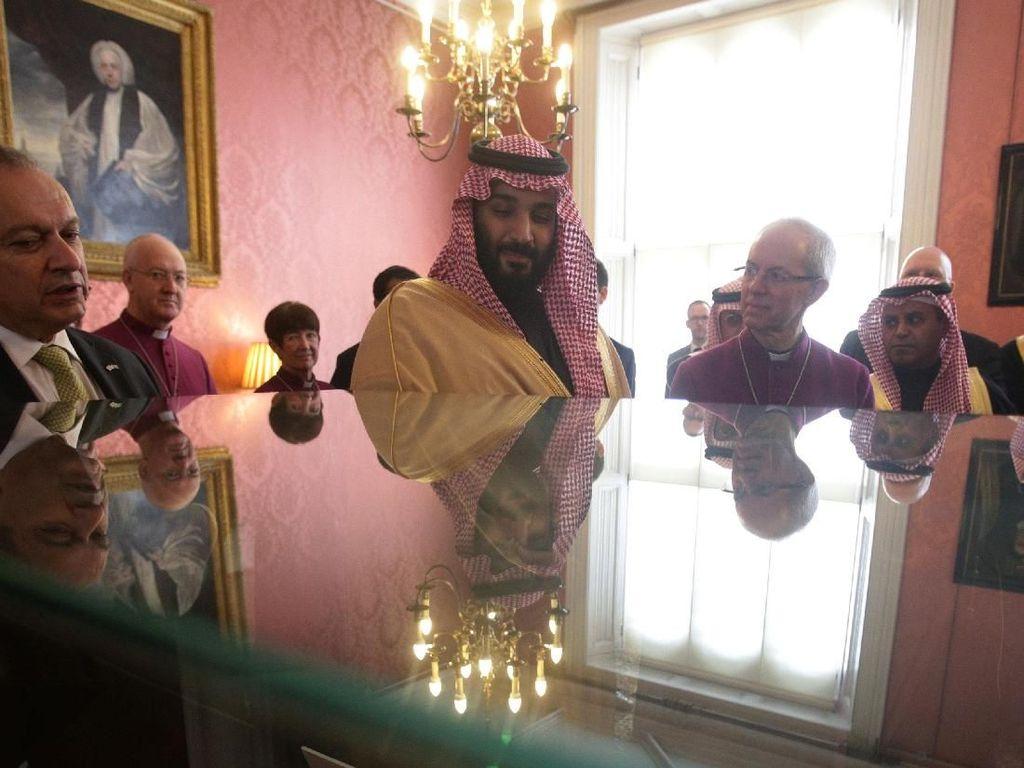 Foto: Saat Putra Mahkota Arab Saudi Bertemu Kepala Gereja Inggris