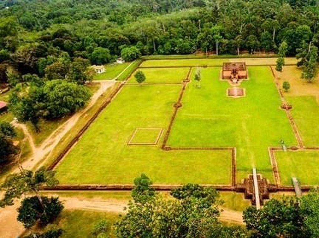 Jejak Kerajaan Sriwijaya di Candi Muaro Jambi