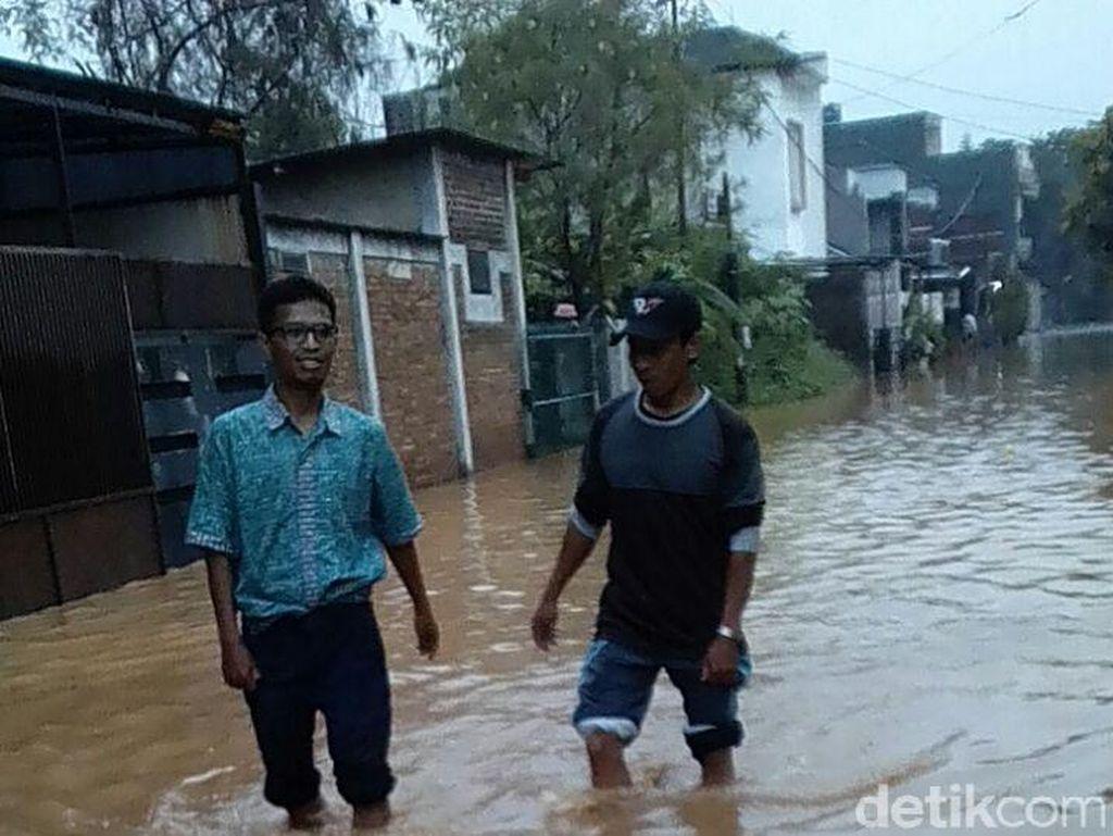 Banjir, Pjs Solihin Instruksikan Pejabat Edukasi Warga Soal Sampah