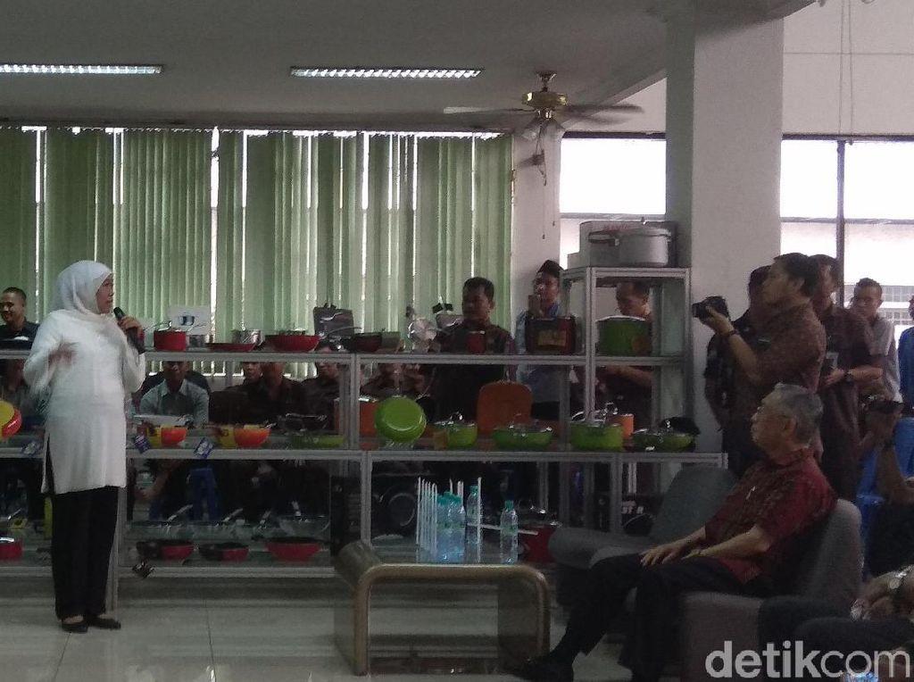 Sambangi Pabrik Maspion, Khofifah Janji Tingkatkan Potensi Koperasi