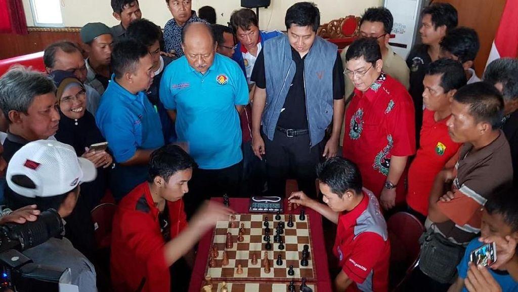 Keseruan Turnamen Catur Cepat di Majalengka