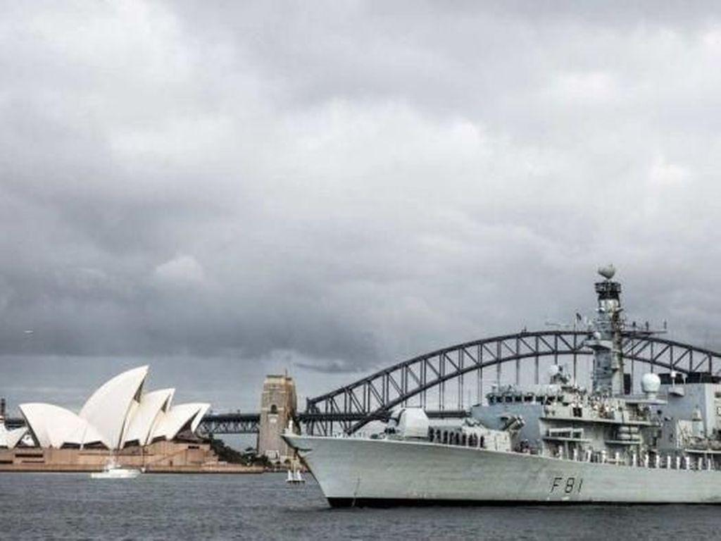 Kapal Perang Inggris Berlabuh di Sydney Jelang Misi Laut China Selatan