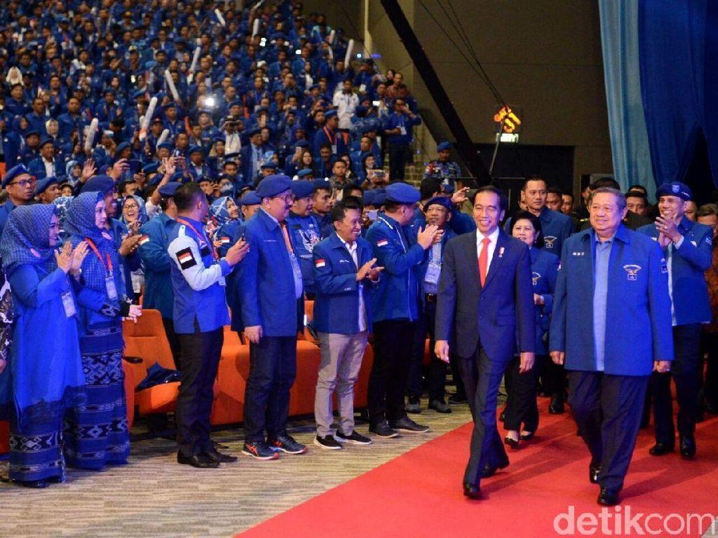 Kemesraan Jokowi-SBY di Rapimnas Demokrat yang Disebut Hanya Drama