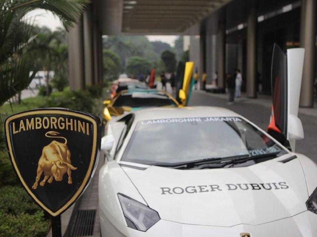 Punya Lamborghini Itu Hoki dan Kebanggaan Tersendiri