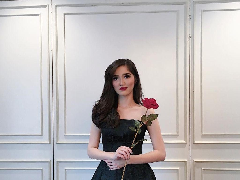 Gaya Sonia Fergina dari Juara Puteri Indonesia hingga Top 20 Miss Universe