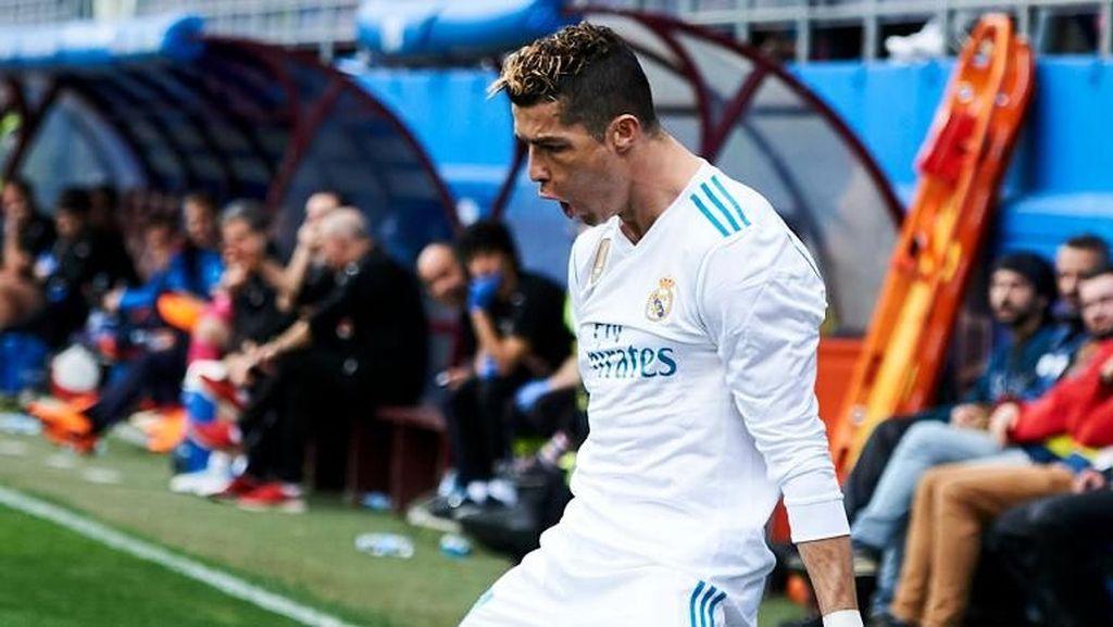Foto: Cristiano Ronaldo Kejar Setoran