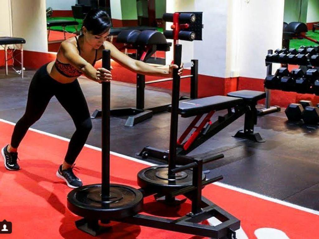 Foto: Olahraganya Jasmine Danker, Pelatih Fitness Cantik Asal Singapura