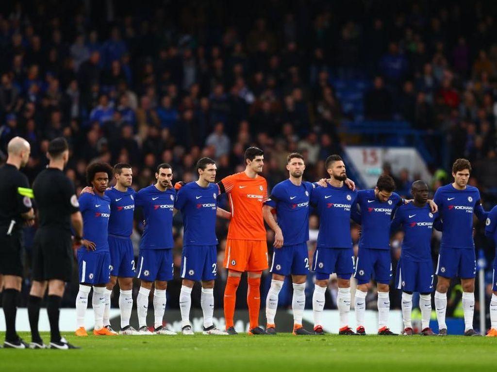 Misi MU, Spurs, dan Chelsea Menghindari Puasa Trofi