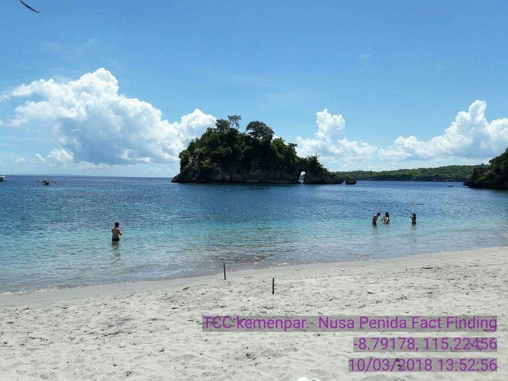 Foto: Kondisi Terkini Laut Nusa Penida yang Bersih