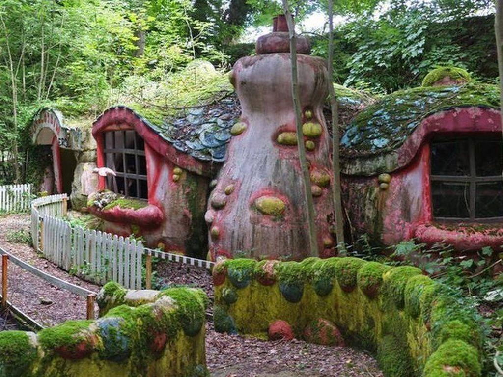 Potret Muram Taman Hiburan di Inggris yang Teronggok Ditinggalkan