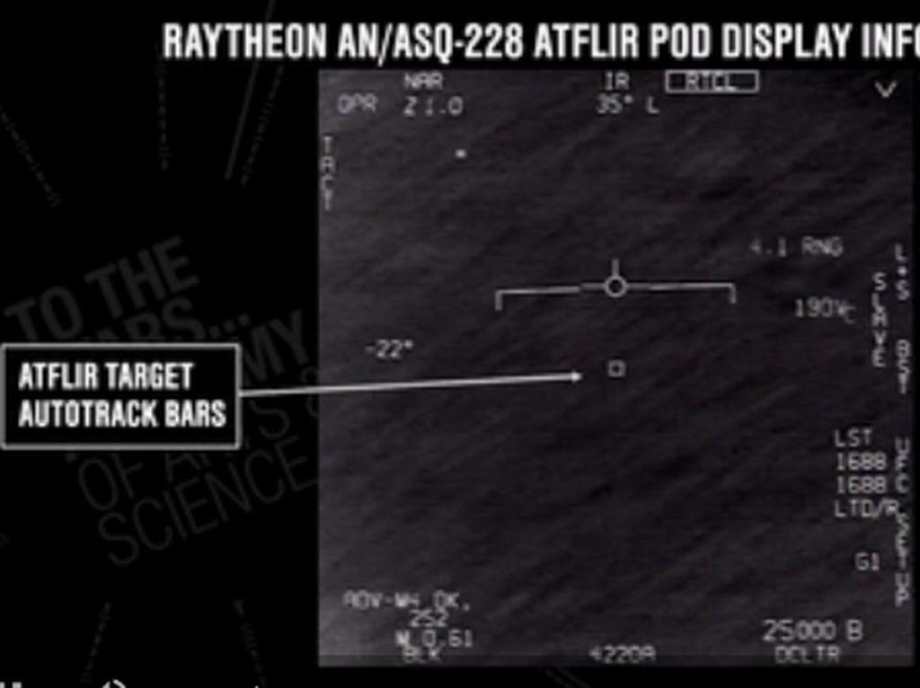 Kisah Pilot AS Berjumpa UFO yang Berkecepatan Hipersonik