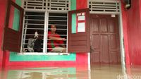 Banjir Terjang Tujuh Kecamatan di Cirebon, Ribuan Rumah Terendam