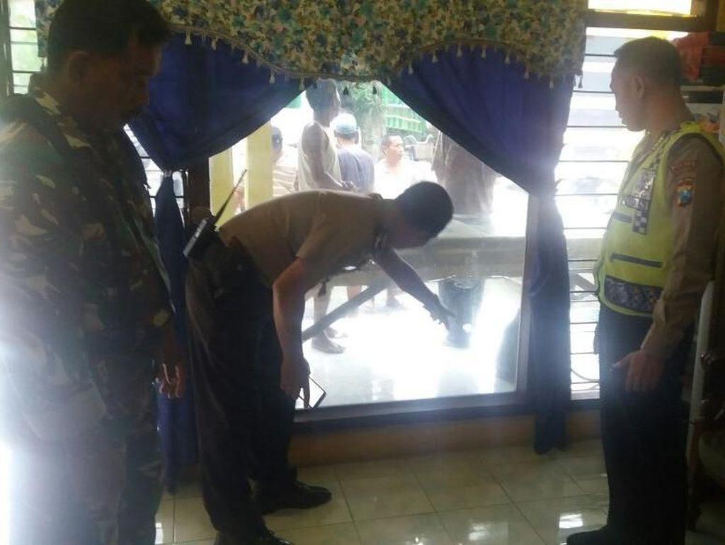 Rumah Warga di Mojokerto Diberondong Tembakan Orang Tak Dikenal