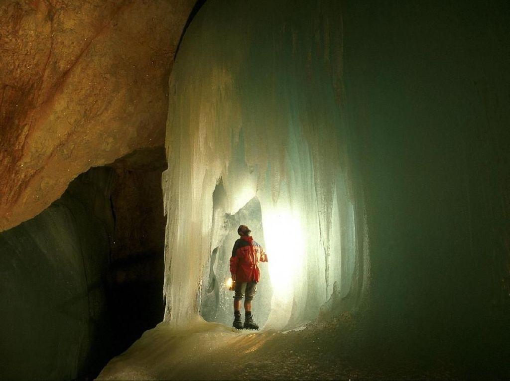 Foto: Gua di Eropa yang Pernah Disebut Gerbang ke Neraka
