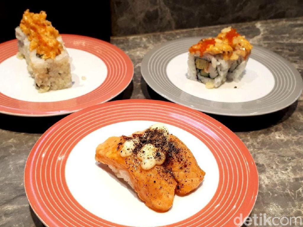 Sushi Go!: Makan Aburi Salmon Blackpepper dan Salmon Roll Serba Rp 15.000