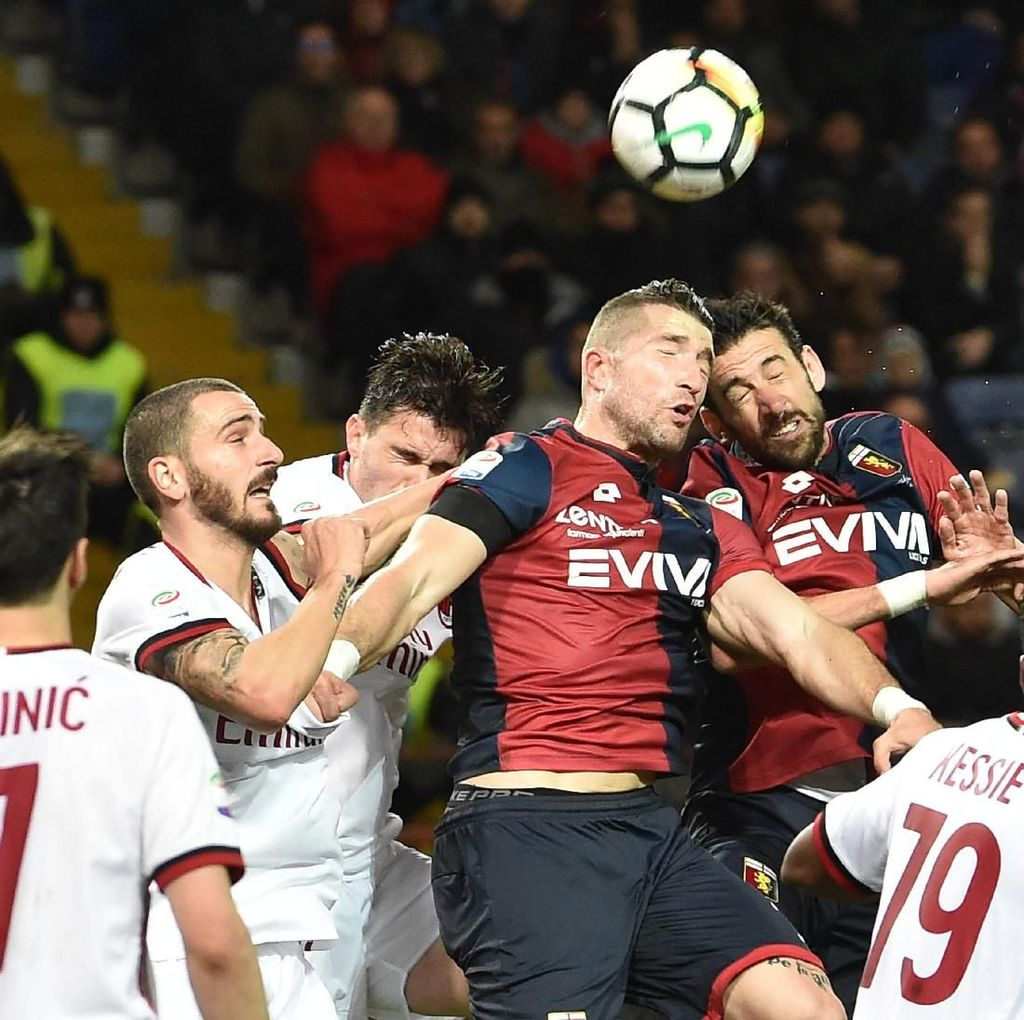Gol di Injury Time Beri Milan Kemenangan atas Genoa