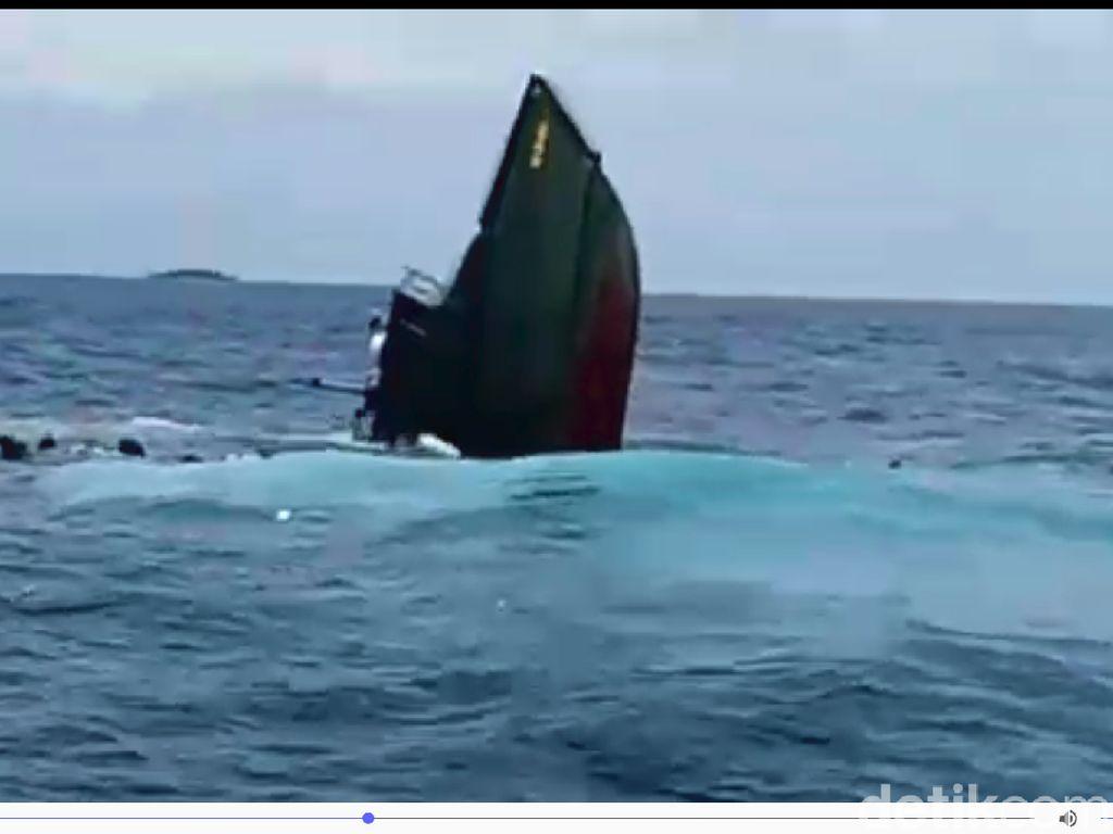 Kapal TNI Tenggelam di Kepulauan Seribu