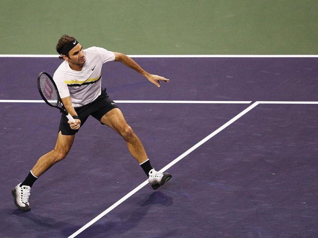 Federer Lolos ke Babak Ketiga, Djokovic Langsung Tersingkir