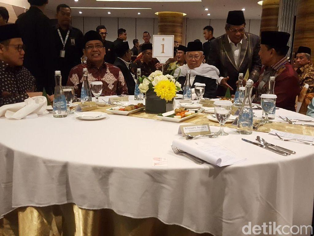 Canda KH Maruf soal Cawapres Jokowi ke Rommy dan Cak Imin
