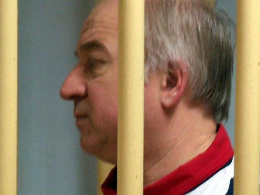 Eks Mata-mata Rusia Diracun, Polisi Inggris Periksa 240 Saksi Mata