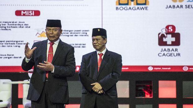 Kontrak Politik 'Asyik', Janji Manis 'Hasanah' untuk Ponpes