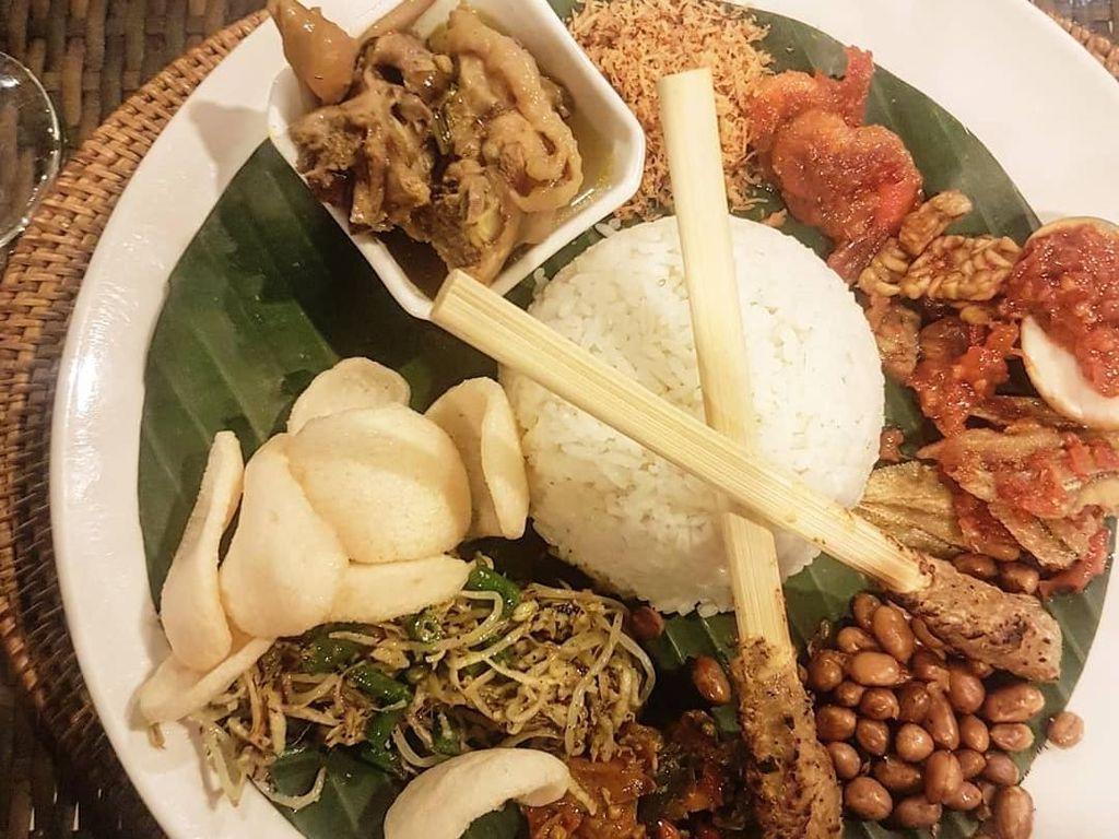 Nasi Campur dan Bebek Goreng Pengobat Rindu Masakan Bali