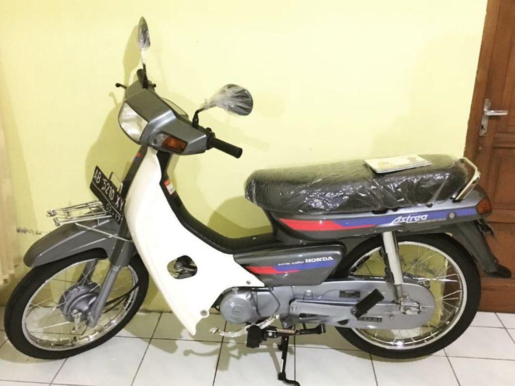 Bikin Heran, Honda Astrea Grand Jadul Ini Dibanderol Rp 50 Juta!