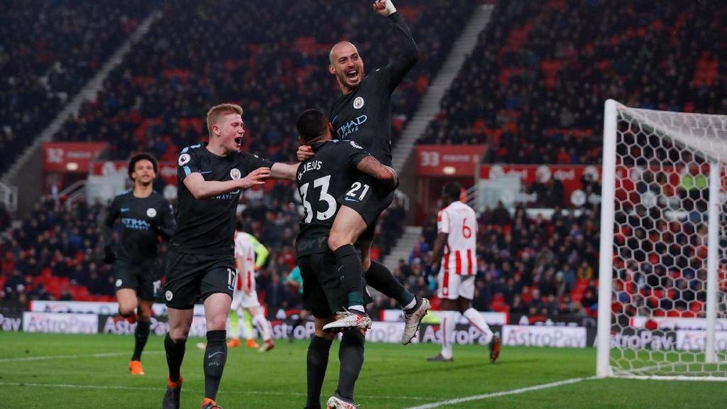 Dua Gol David Silva Benamkan Stoke