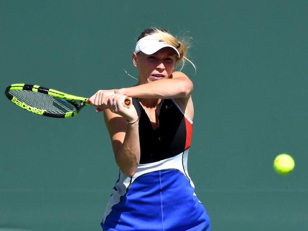 Wozniacki Lolos Usai Main Tiga Set