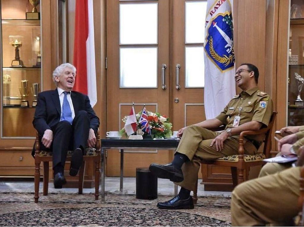 Foto: Obrolan Seru Anies dan Anggota Parlemen Inggris Lord Powell