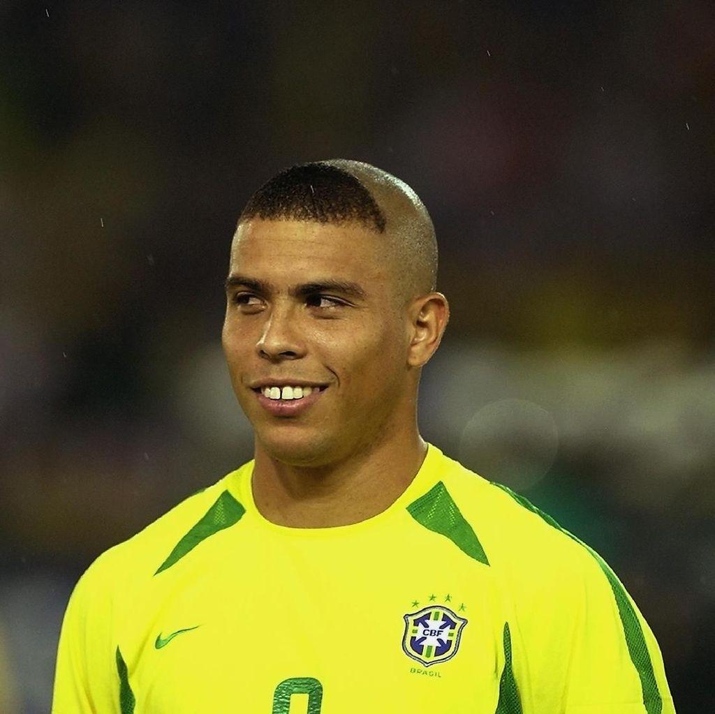 Ronaldo dan Rambut Kuncung Pengalih Isu