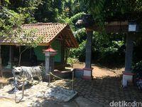 Situs Sang Hyang Maharaja Cipya Permana Prabudigaluh Salawe