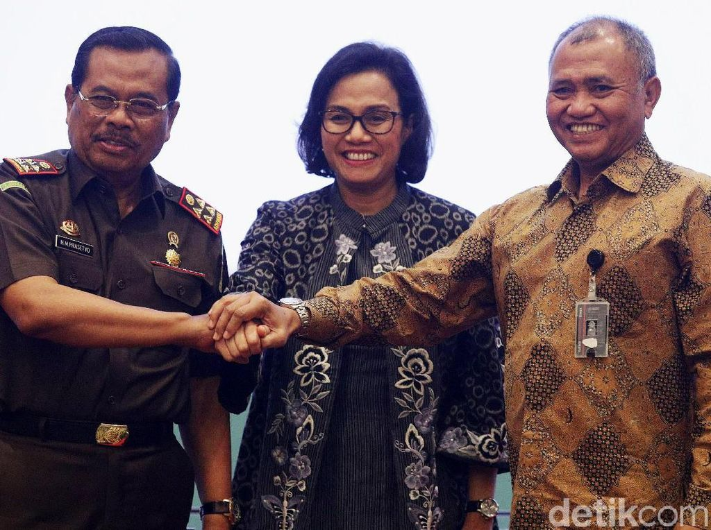 Menkeu, Jaksa Agung dan Ketua KPK Teken MoU Lelang Barang Sitaan