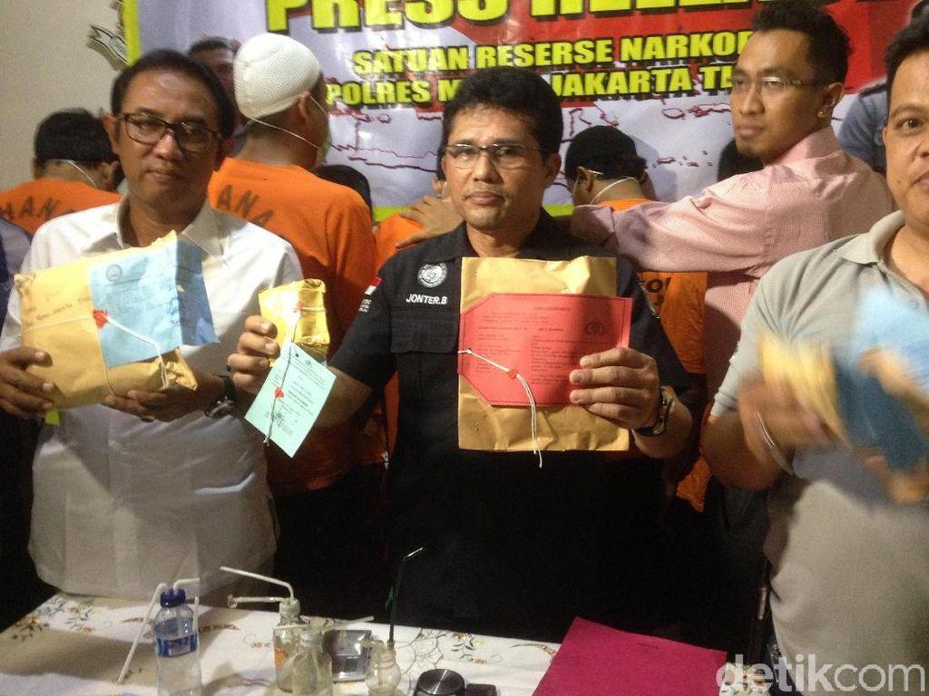 Jadi Kurir Narkoba, Oknum PNS Kakanwil Kumham DKI Ditangkap