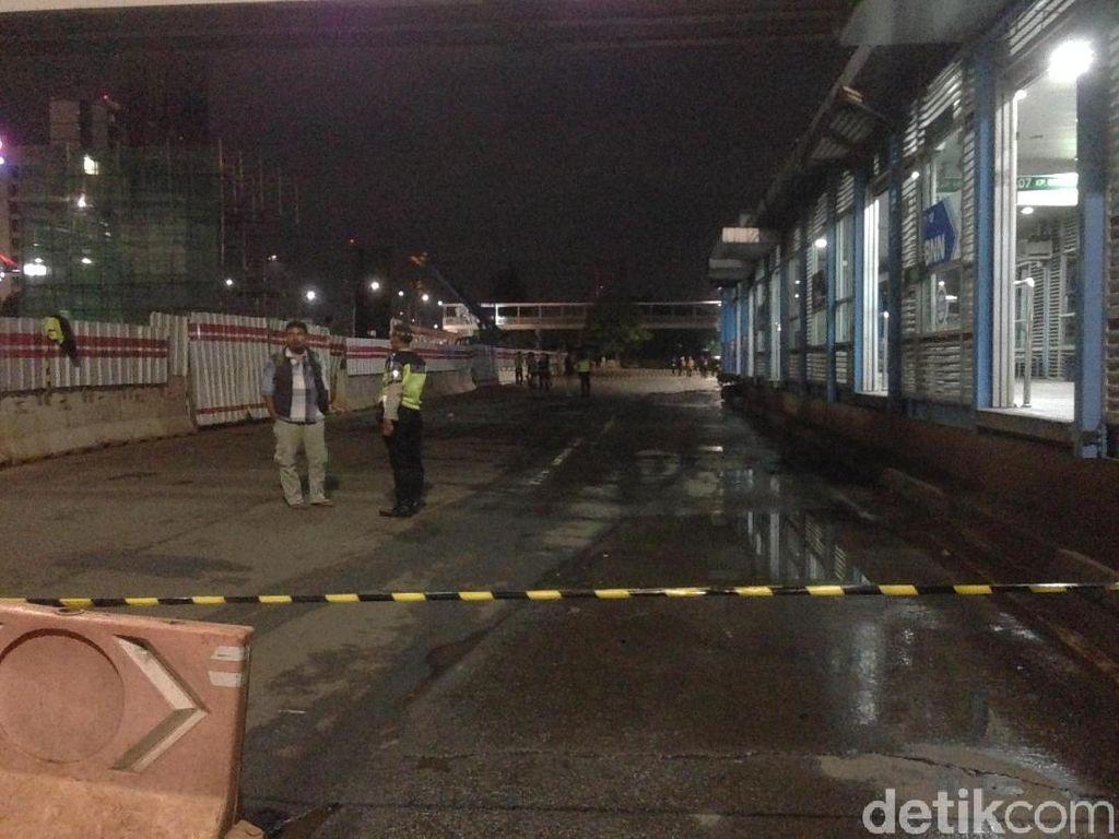 Pipa Gas di Depan BNN Diduga Bocor Lagi, Jl MT Haryono Ditutup