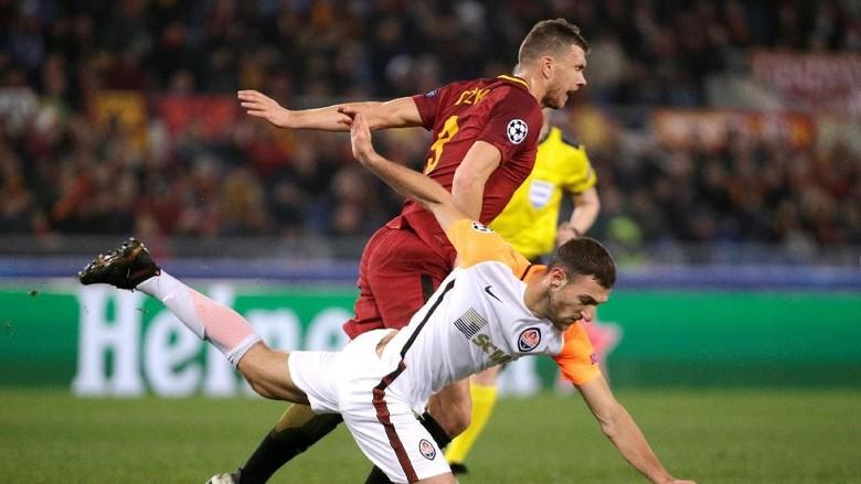 Roma vs Shakhtar Masih Tanpa Gol