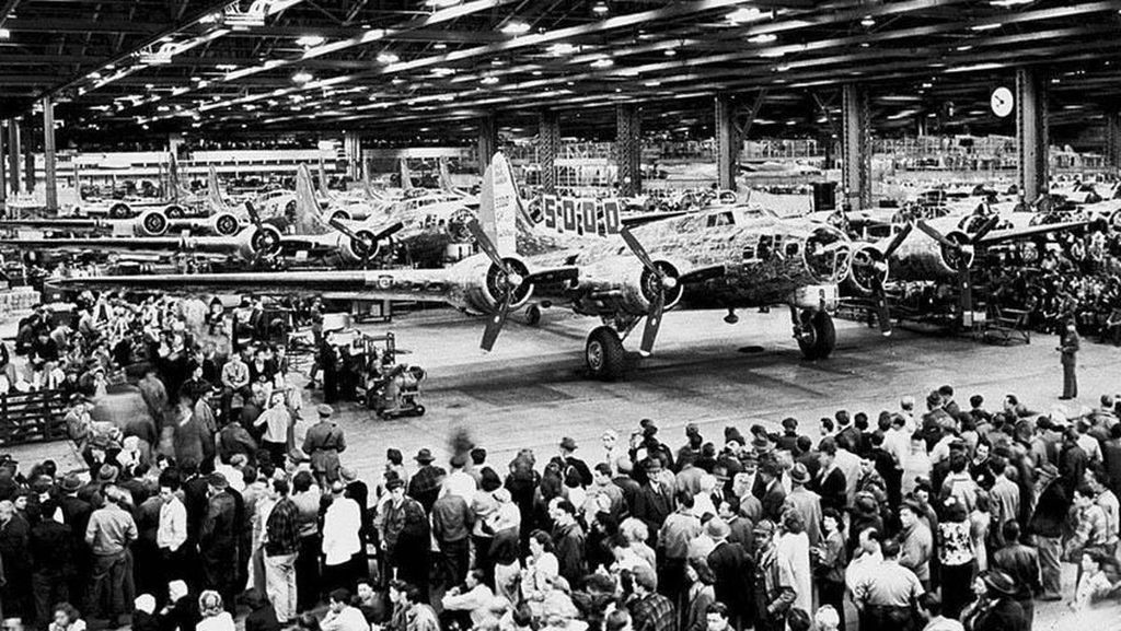 Foto Jadul Pabrik Boeing yang Disembunyikan