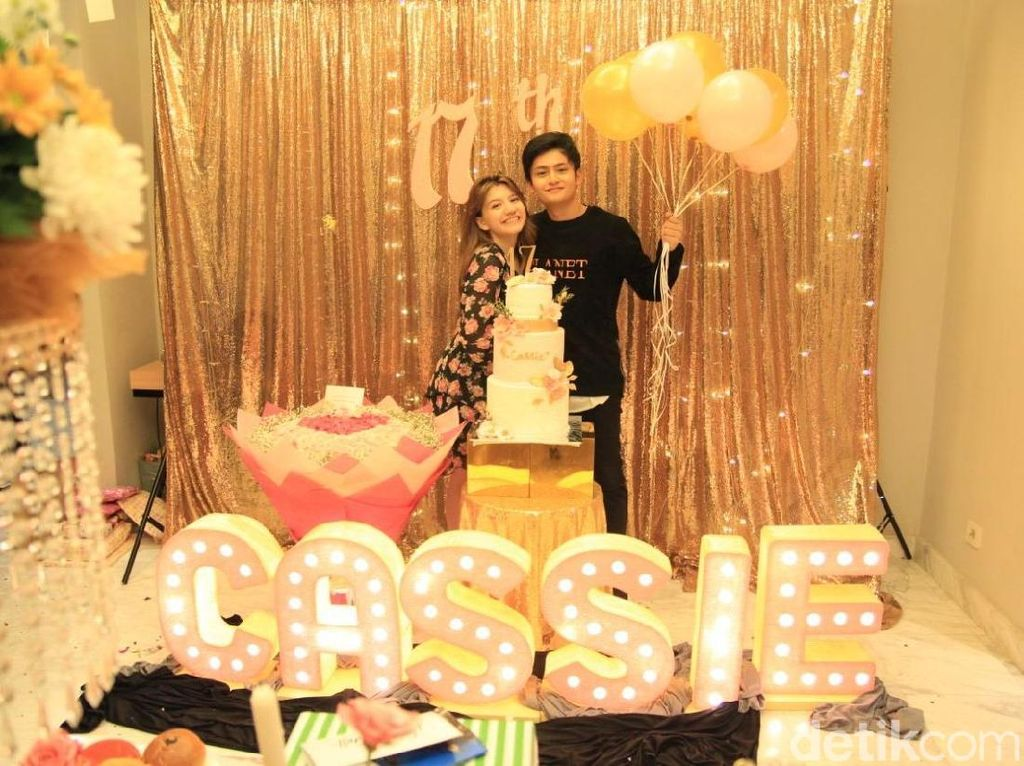 Happy Sweet Seventeen, Cassandra Lee!