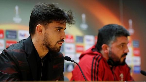 Milan Incar Gol Cepat di Emirates
