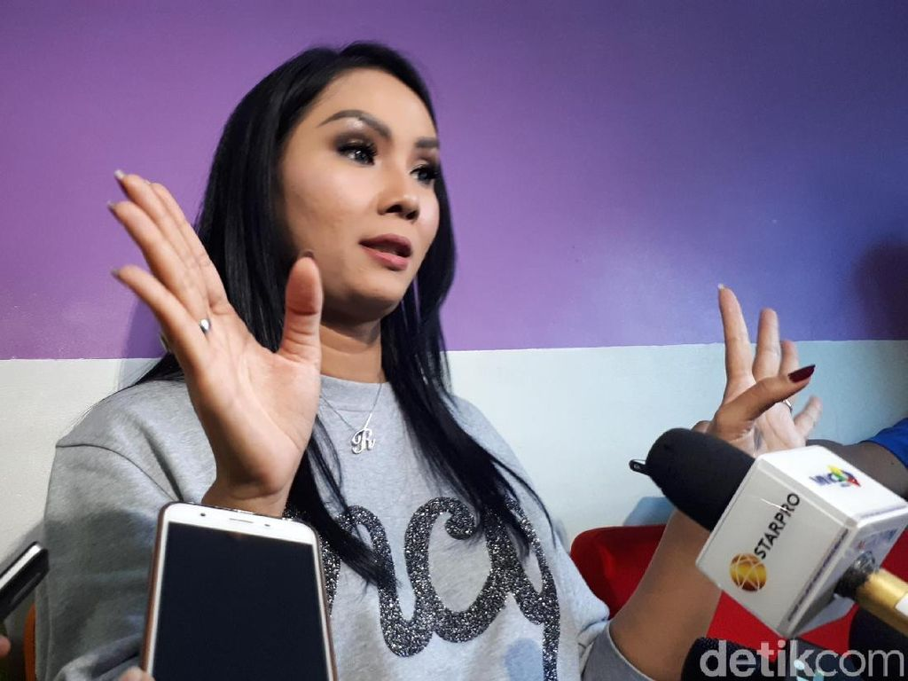 Kalina Ogah Tanggapi Aksi Deddy Corbuzier Beri Pelajaran Netizen