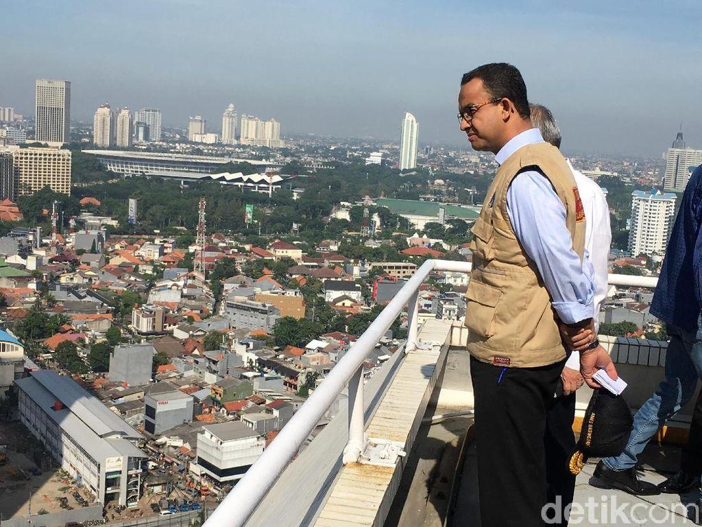 Anies: Tanah di Jakarta Turun 7 Cm per Tahun
