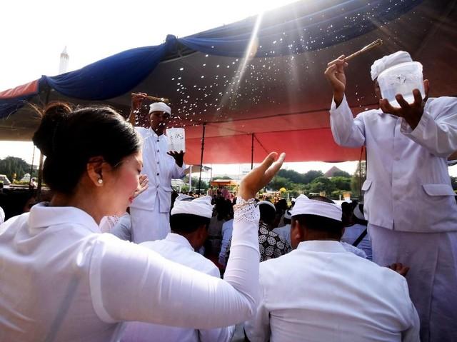 Melihat Prosesi Jelang Nyepi di Beberapa Daerah Indonesia