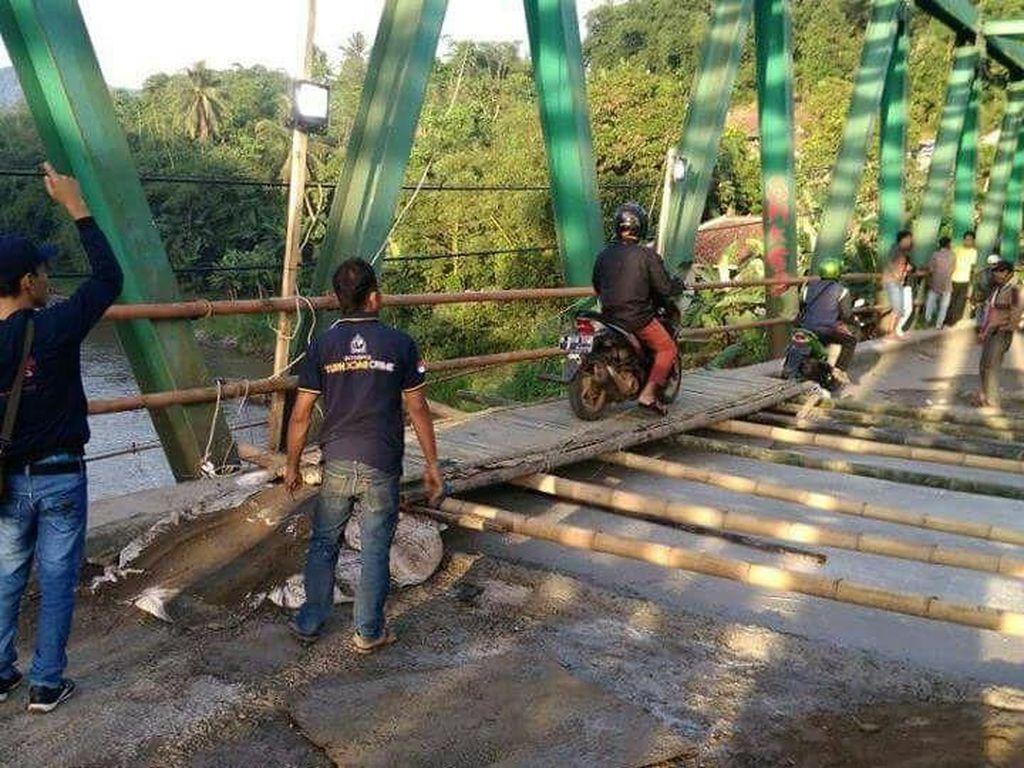 Usai Jembatan Gerendong di Bogor Dicor, Pemotor Bisa Melintas Lagi